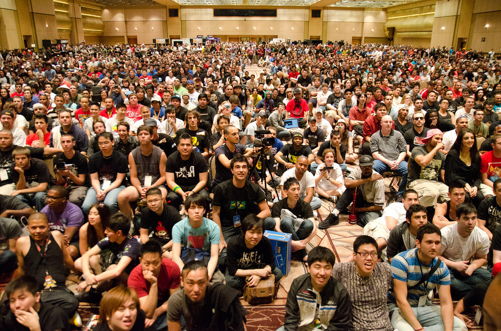 evo_crowd_shot